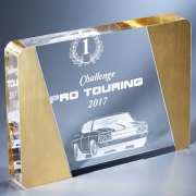 Trophée en plexiglass plaque or