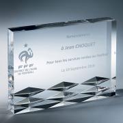 Trophée en plexiglas plaque diamantée
